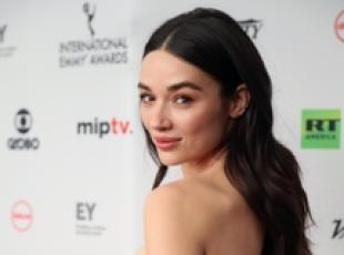 New York, Crystal Reed ai 45° International Emmy Awards