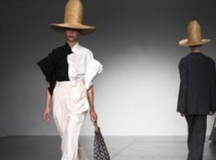Moda: London Fashion Week, collezione Awake
