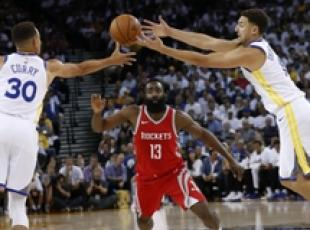 Nba: Golden State ko in casa con Houston