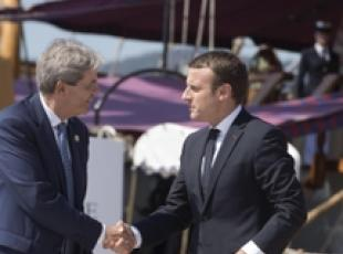 Macron-Gentiloni phone call on migrants, Libya (3)