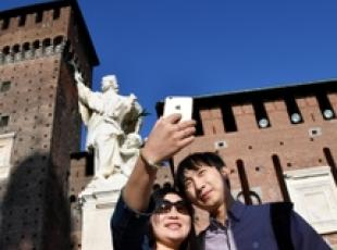 129 mn Chinese tourists in the world, 1.5 mn in Italy (2)