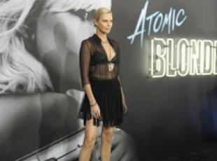 Charlize Theron a prima film 'Atomic Blonde' a Los Angeles