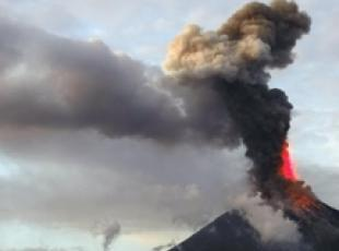 Filippine: vulcano, 56mila in fuga