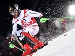 Sci: Hirscher guida slalom, Gross è 3/o