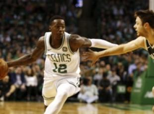 Nba: Boston Celtics ko in casa contro Milwaukee Bucks