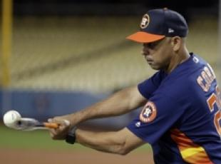 Mlb: Alex Cora (Houston Astros) al Dodgers Stadium di L.A.