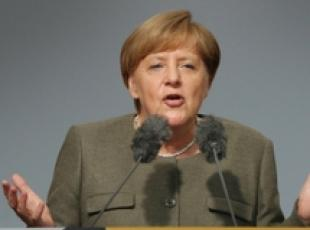 Germania: Angela Merkel parla in campagna elettorale