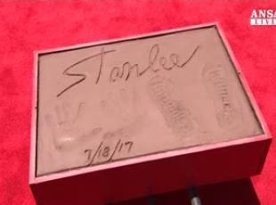 Stan Lee celebrato su Hollywood Boulevard