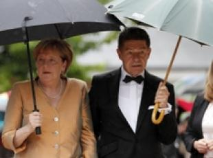 Angela Merkel arrives in South Tyrol