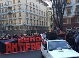 CasaPound-antifascisti in piazza Genova