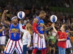 Show Harlem Globetrotters a Juve Center