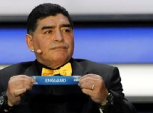 Maradona a Calcutta per beneficienza