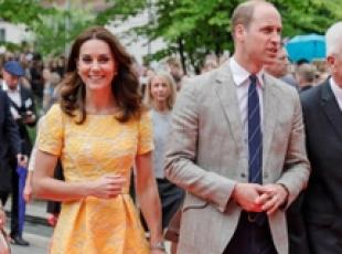 Il principe William e la moglie Kate in visita in Germania