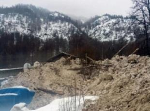 Tourists, locals evacuated after avalanche in Alto Adige