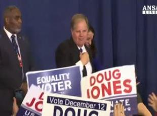 Elezioni in Alabama, vince il democratico Jones